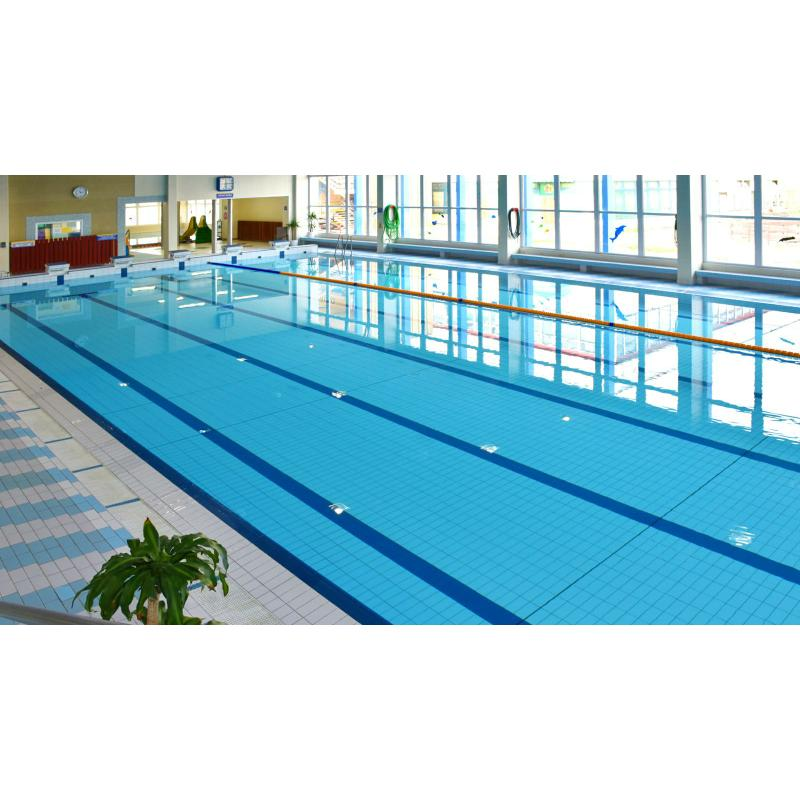 Na bazénu